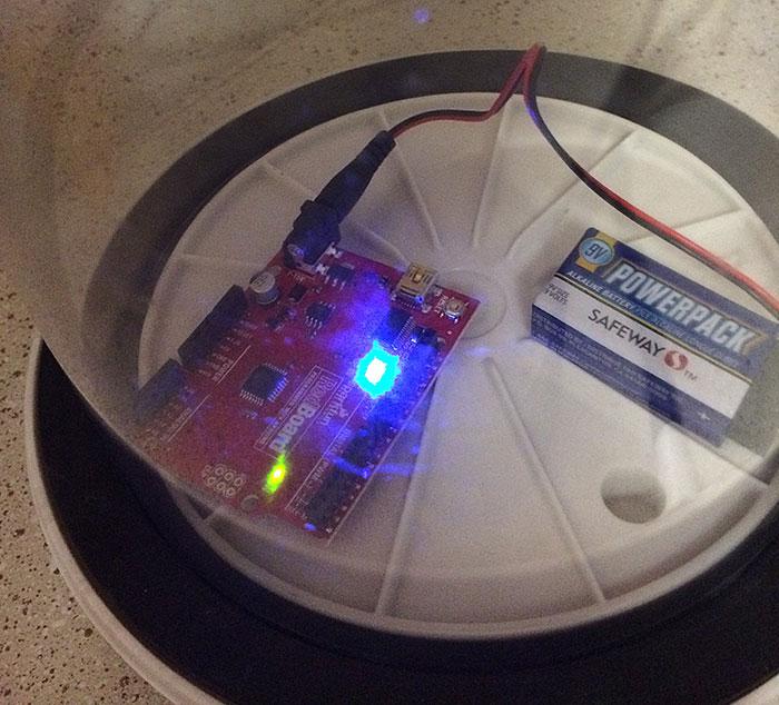Sparkfun RedBoard Arduino clone vacuum test