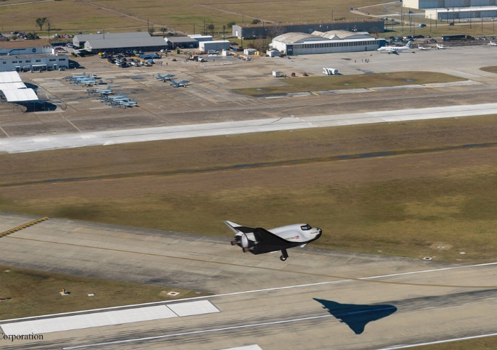 Sierra Nevada Dream Chaser lifting-body spacecraft landing at proposed Houston Spaceport a
