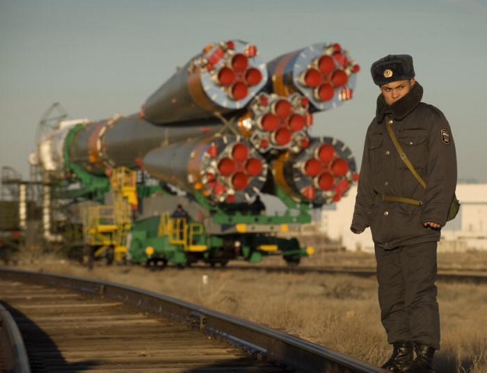 Russian Soyuz rocket rollout